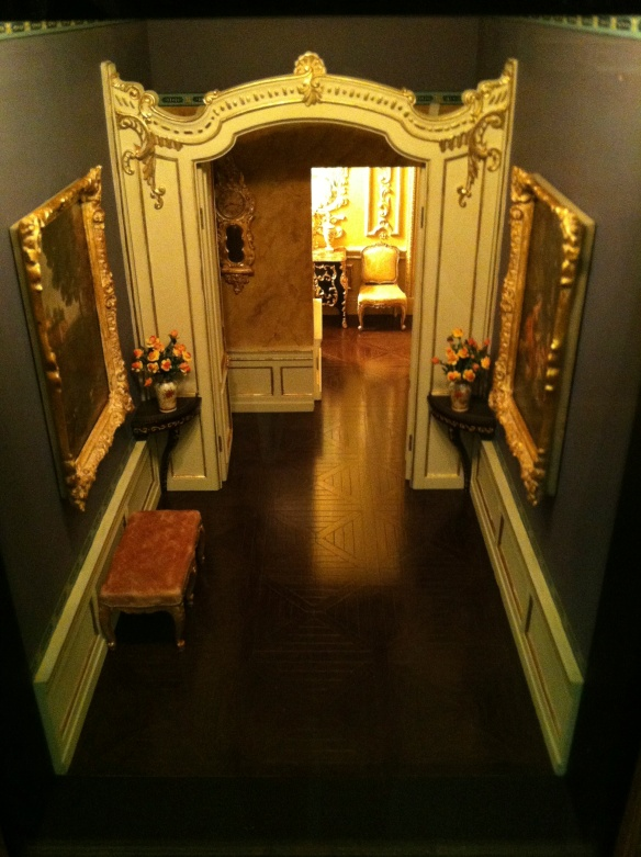 Miniature rooms at AIC